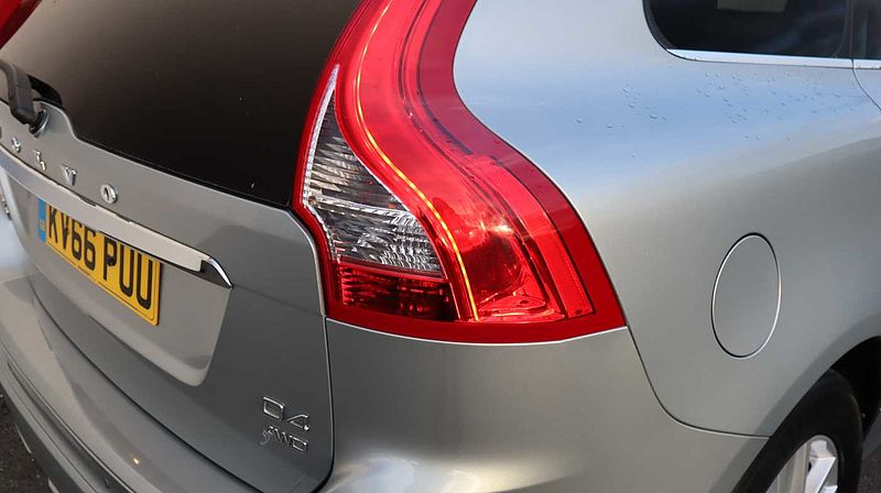 Volvo XC60 D4 AWD SE Lux Nav Automatic (Driver Support Pack, Winter Pack, Blis With CTA)
